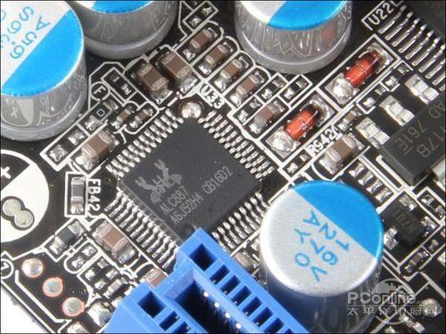 0主控  主板集成了威盛科技生产的vl801主控芯片,提供两个usb3.