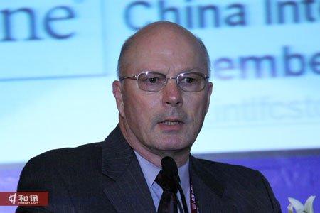 美国国际资产控股集团公司总裁兼福四通集团公司总经理Paul G. Anderson