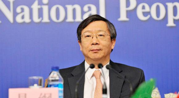 央行副行长易纲:实现利率市场化需解决两问题
