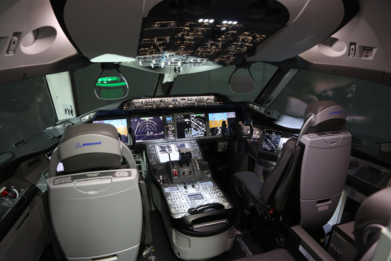 名侦探��ce�l#�al9.9k��.�_(锐视角)(4)阿提哈德航空首架a380和波音787-9亮相阿布扎比