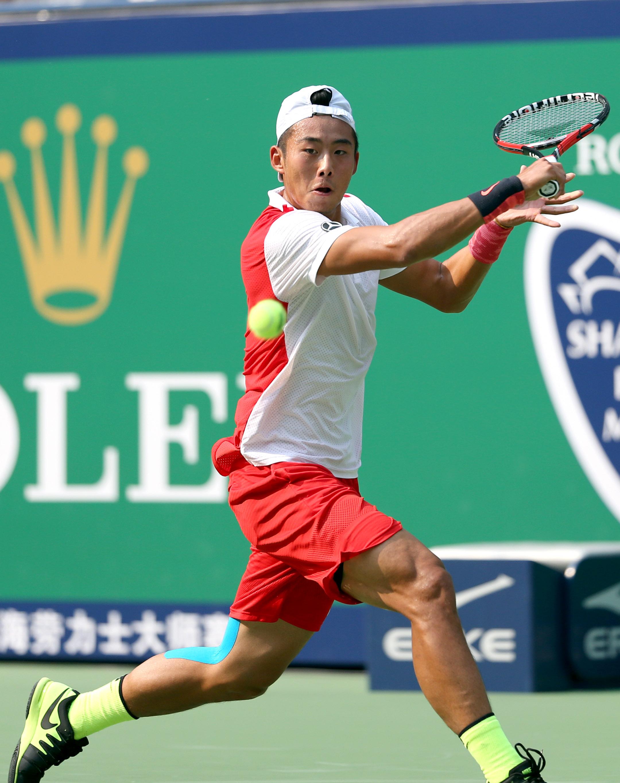 (锐视角)(1)网球——上海大师赛:张泽不敌克里赞图片