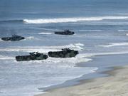 美军舰艇抵达韩国参加演习