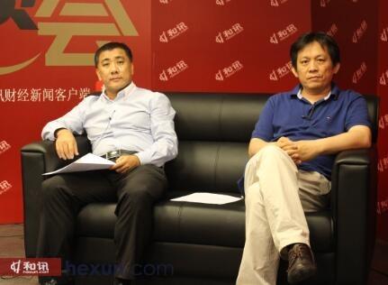 招商银行在港投资银行投资董事郑磊(左)和著名财经评论员空空道人(右)